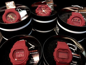 G-SHOCK 35周年 RED OUT発売!